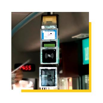Máy bán vé trên xe buýt